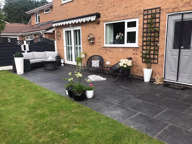 landscaper slate paving installation in Macclesfield Cheshire